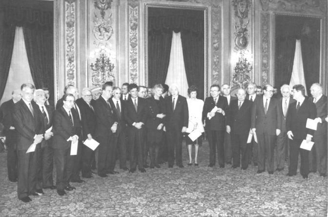 Francesco Cossiga durante il giuramento del settimo governo Andreotti (Ap)