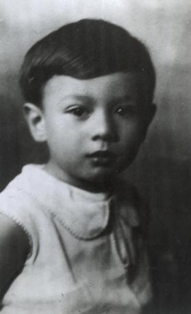 Francesco Cossiga a 3 anni (Ansa)