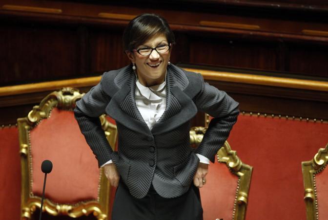 Mariastella Gelmini, Ministro dell'Istruzione, Università e Ricerca, durante la discussione del ddl che porta il suo nome/Lapresse)