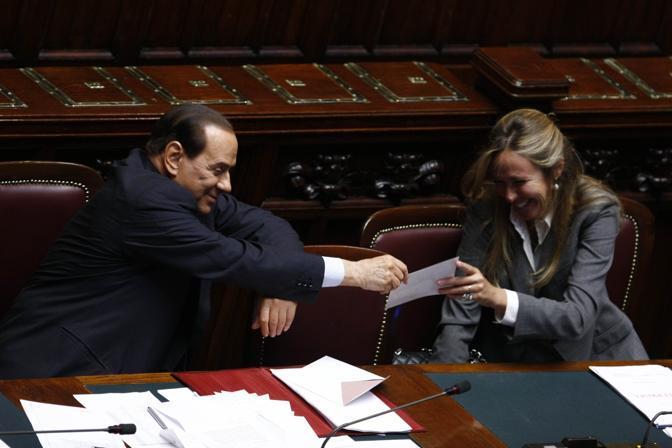 Stefania Prestigiacomo e Silvio Berlusconi, alla Camere il 29 settembre 2010 (Graffiti Press)
