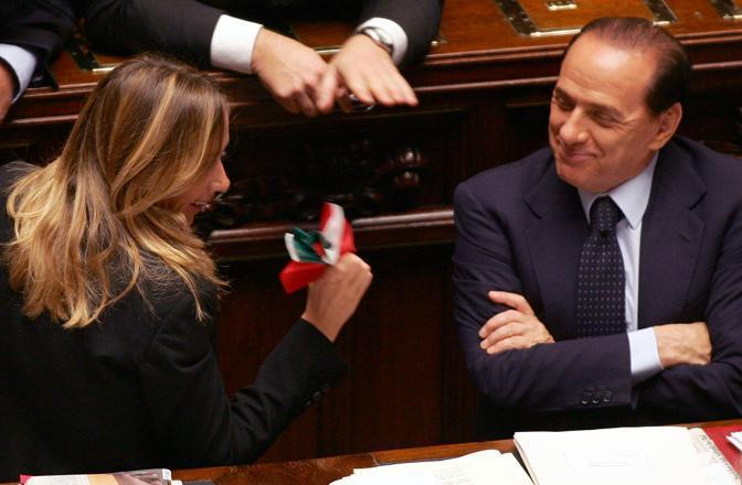 Stefania Prestigiacomo e Silvio Berlusconi alla Camera (Ansa)