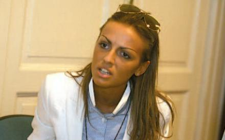 Francesca Pascale è nota anche per aver lavorato come velina a «Telecafone»