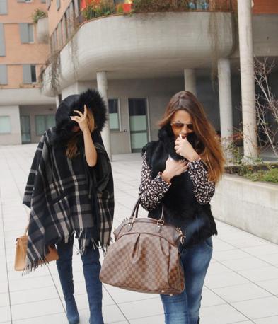 Barbara Guerra con un'amica (Newpress)