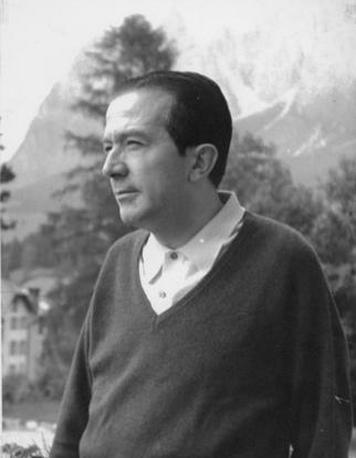 Un giovane Andreotti, nel 1967, a Cortina d'Ampezzo (Ansa)