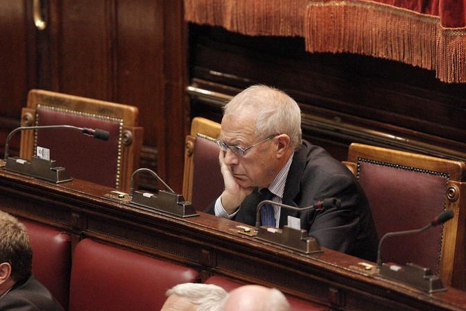 Francesco Nucara in Aula (Ansa)