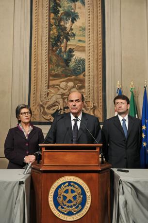 Angela Finocchiaro, Pier Luigi Bersani e Dario Franceschini dopo il colloquio con Napolitano