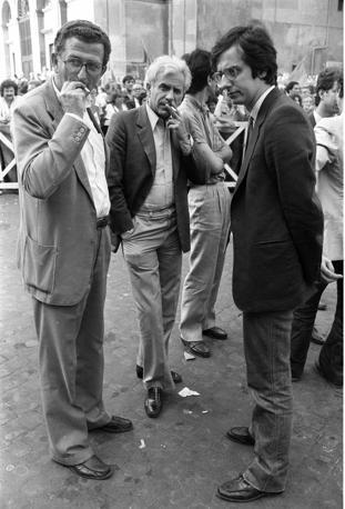 Roma, manifestazione pre elettorale del partito Comunista Italiano a piazza San Giovanni, nella foto Andrea Barbato, Lucio Magri, Walter Veltroni (Agf)