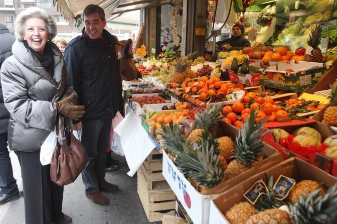 Al mercato arriva anche il city manager Davide Corritore (Gerace)