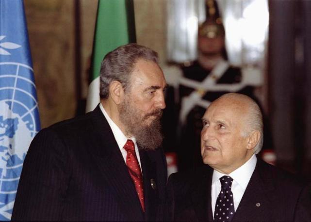 Il 16 novembre 1996 al Quirinale con Fidel Castro (Reuters)