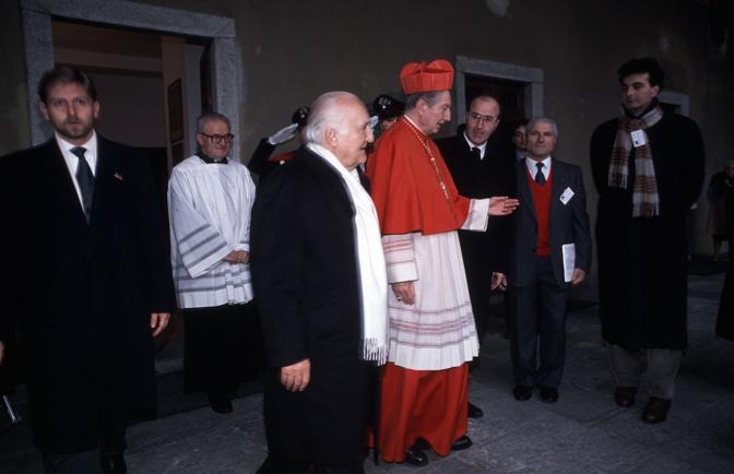 Con l?arcivescovo di Milano cardinale Carlo Maria Martini (Fotogramma)