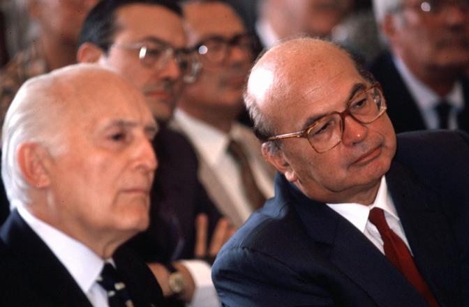 Il 31 gennaio 1993 con Bettino Craxi (Fotogramma)