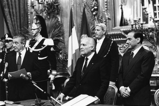 Il 10 maggio 1994 al Quirinale al giuramento del primo governo Berlusconi (Agf)