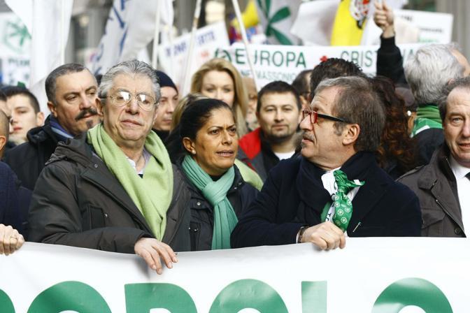 A una manifestazione con Roberto Maroni e Rosi Mauro (Italyphotopress)