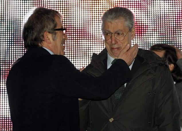 Maroni e Bossi (Reuters/Garofalo)