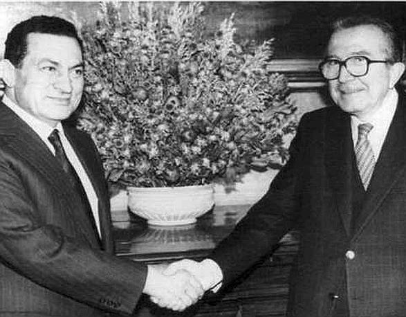 Con Hosni Mubarack nel 1991 a Palazzo Chigi (Ap)