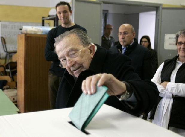 Al voto alle Regionali del 2010 (Ap)