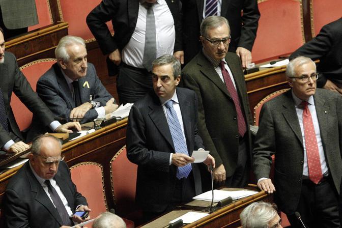 Senato il pdl non vota la fiducia al decreto sviluppo bis for Numero deputati senatori