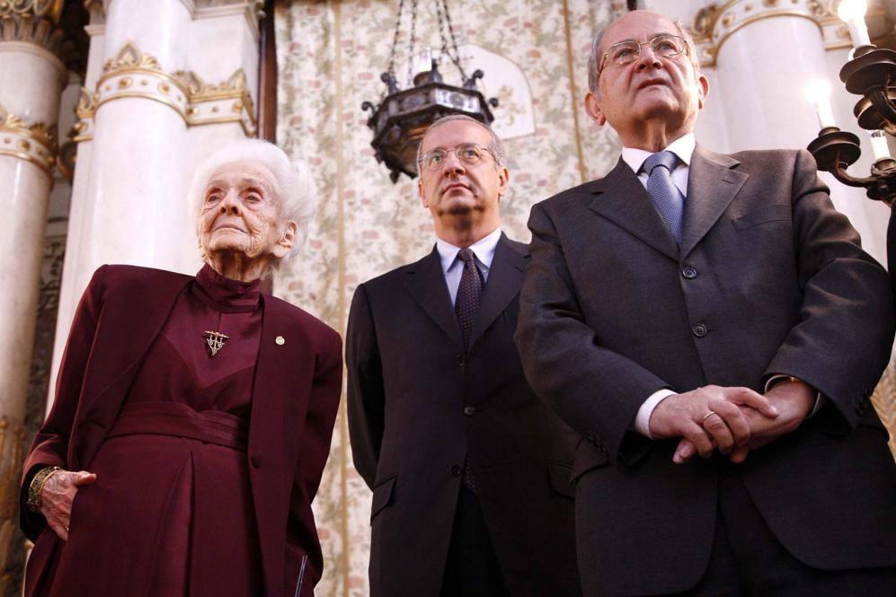Con Walter Veltroni e Leone Paserman in una foto del 2007 (Eidon)