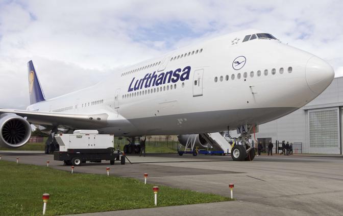 Ecco il super boeing l 39 aereo pi lungo del mondo for Grandi jet d affari in cabina