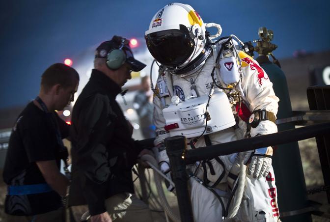 L'impresa è sponsorizzata dalla Red Bull (Reuters/Red Bull/Predrag Vuckovic)