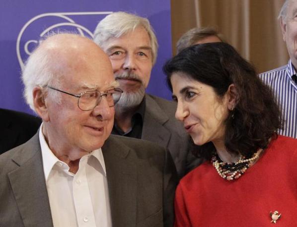 Higgs e Gianotti (Reuters)