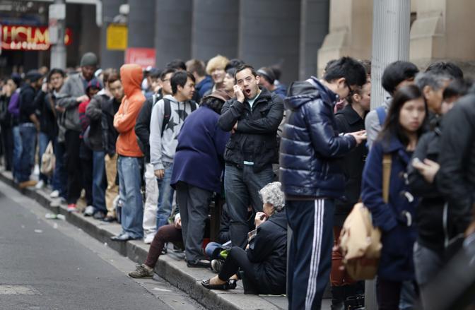 L'Australia è stato il primo paese al mondo dov'è stato venduto l'iPhone5 (Reuters)