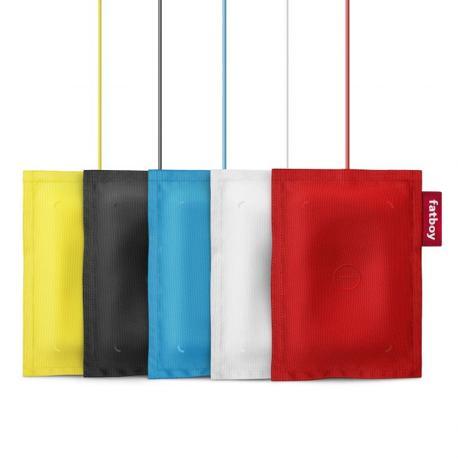 """Questo Fatboy® Rechargeable Pillow DT-901 è un accessorio per ricaricare il Lumia """"senza fili"""": si appoggia il telefono sopra e parte la ricarica"""