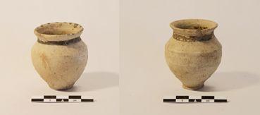 Due vasetti miniaturistici provenienti dai corredi funerari delle tombe della necropoli paleo-assira di Tell Gomel