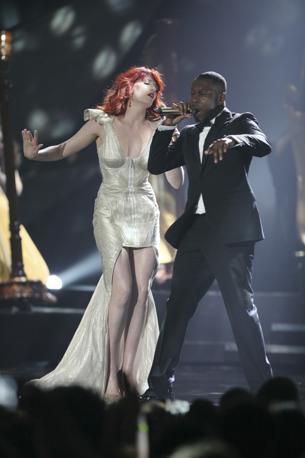 Florence Welch con Dizee Rascal (Ap)