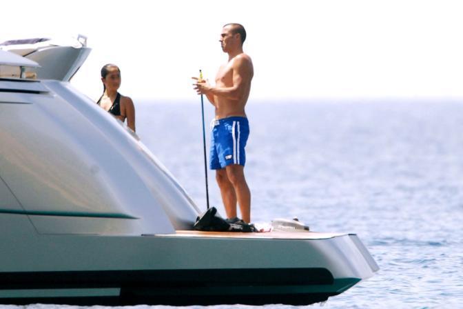 Fabio Cannavaro a Ponza a bordo del nuovo yacht Chriman (Olycom)