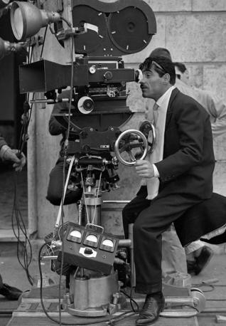 Tiberio Murgia sul set del film «Colpo piccolo» (Ansa)
