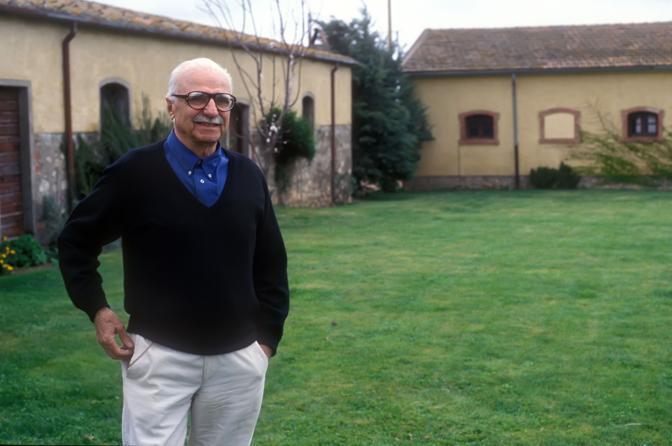 Mario monicelli nella sua casa in Maremma (Agf)