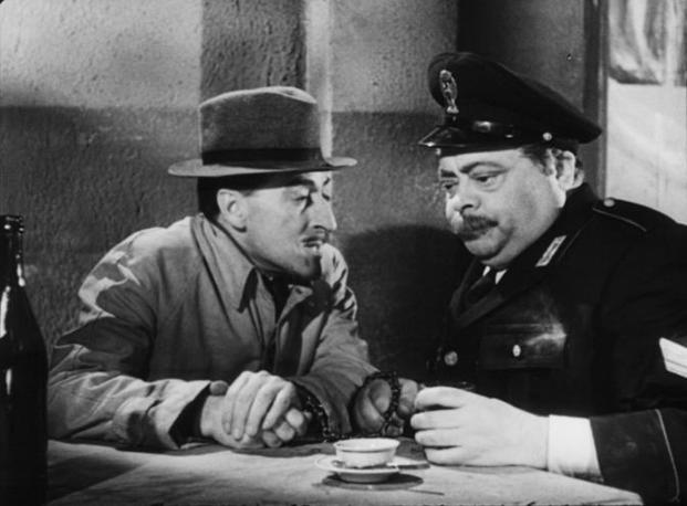Tot e Aldo Fabrizi in Guardie e ladri (1951)