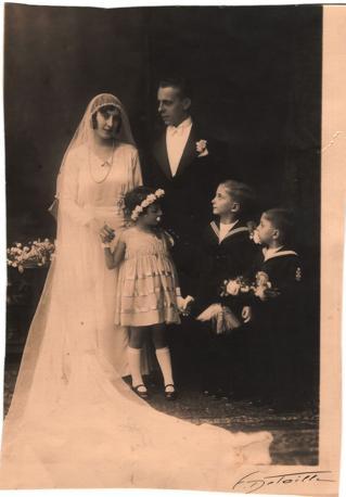 Un?immagine del matrimonio tra Laura D?Oriano e lo svizzero Emile Fraunholz nel 1931