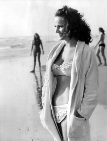 In costume da bagno (1975)