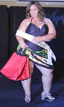 "Una delle partecipanti al concorso per bellezze oversize ""Miss Brazil Plus Size"" (Ap)"