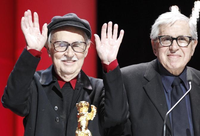 Il film drammatico «Cesare  deve morire», dei fratelli italiani Paolo e Vittorio Taviani (in foto Reuters)  ha vinto  l'Orso d'Oro al Festival del Cinema di Berlino. Erano 21 anni che l'Italia non vinceva questo premio.