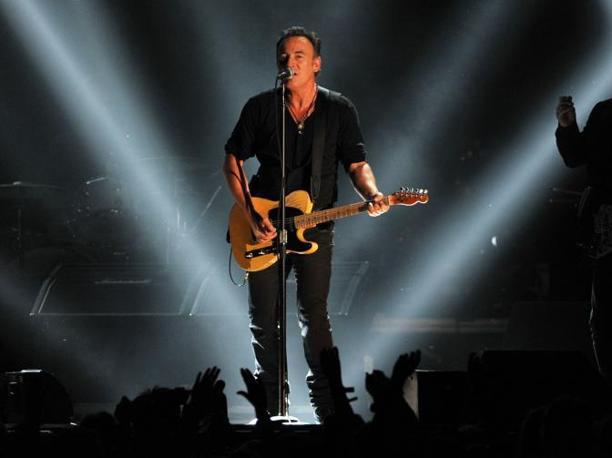 Anche Bruce Springsteen si � esibito sul palco (Afp)