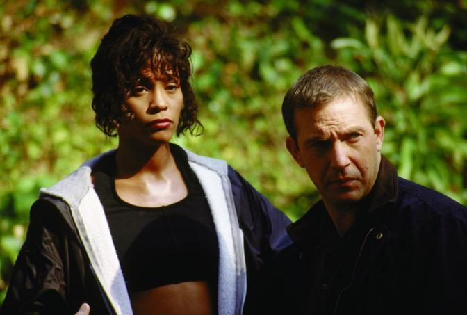 Con Kevin Costner sul set di The Bodyguard del 1992 (Reuters)