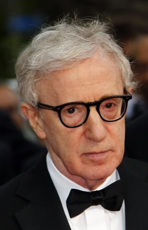 Woody Allen, regista di «Midnight in Paris», premiato per la miglior sceneggiatura originale (Epa)