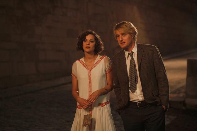 Marion Cotillard e Owen Wilson in «Midnight in Paris» (Epa)