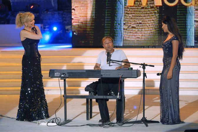 Con Milly Carlucci e Sabrina Ferilli (Olycom)