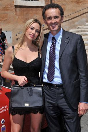 La madrina della manifestazione insieme a Giordano Mozzi, vincitore della passata edizione (Olycom)