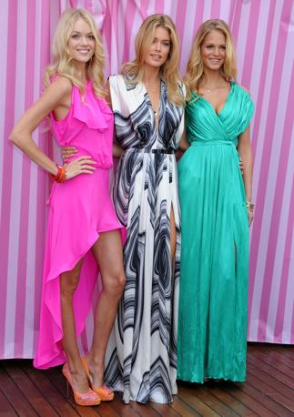 Gli angeli di Victoria&#39;Secret Lindsay Ellingson Doutzen Kroes e Erin Heatherton  durante il lancio di una nuova linea (LaPresse)