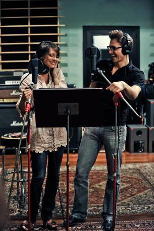 Simona Molinari con Peter Cincotti (Ansa)