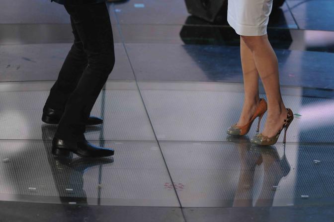 Le scarpe di Nina Zilli (LaPresse)