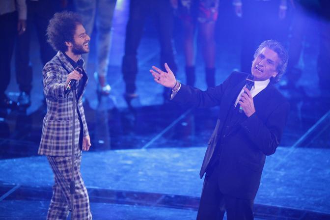 Toto Cutugno canta con Tricarico (Olympia)