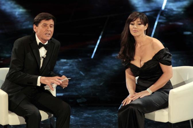 Morandi sul palco con Monica Bellucci (IPP)