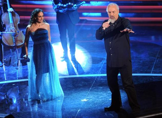 Eugenio Finardi con Noa (Ansa)