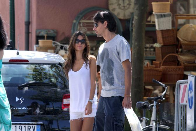 Pippo Inzaghi con Alessia Ventura a Forte dei Marmi (Olycom) 